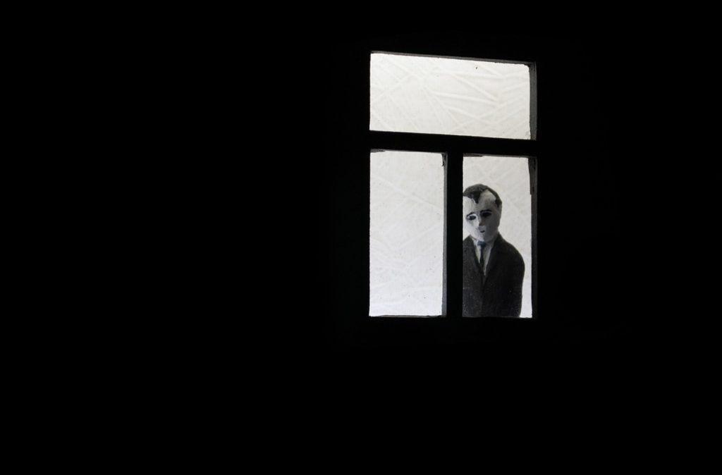 sad-window-doll